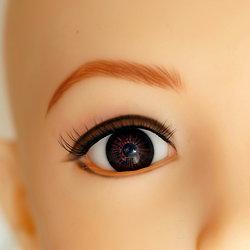Braune Augen von Doll House 168